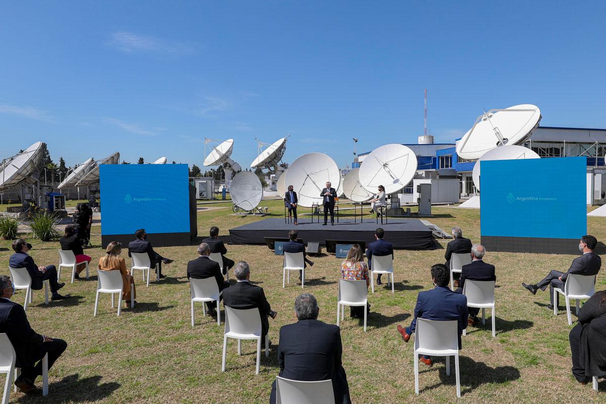 Industria Espacial Y Television Satelital Contraeditorial